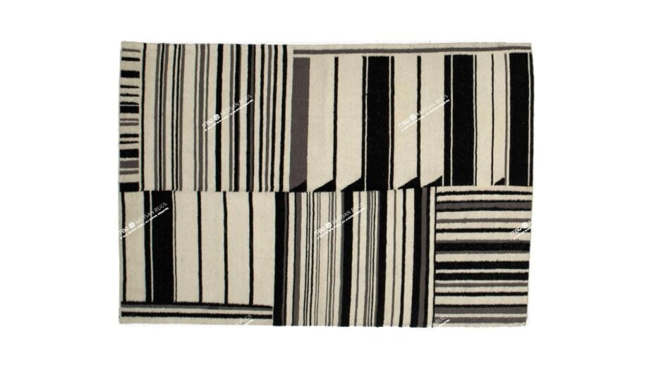 https://www.maerugs.com/wp-content/uploads/2019/06/kelim-gouwes-Black-white-1.3m-X-2m-Mae-Rugs-Template-Top-View.jpg
